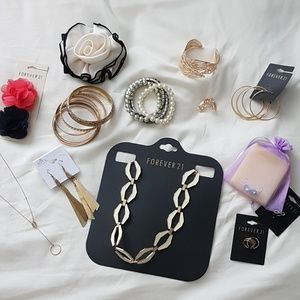 Assorted Jewelry/Accessories